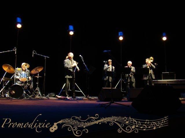05-retro-jazz-band